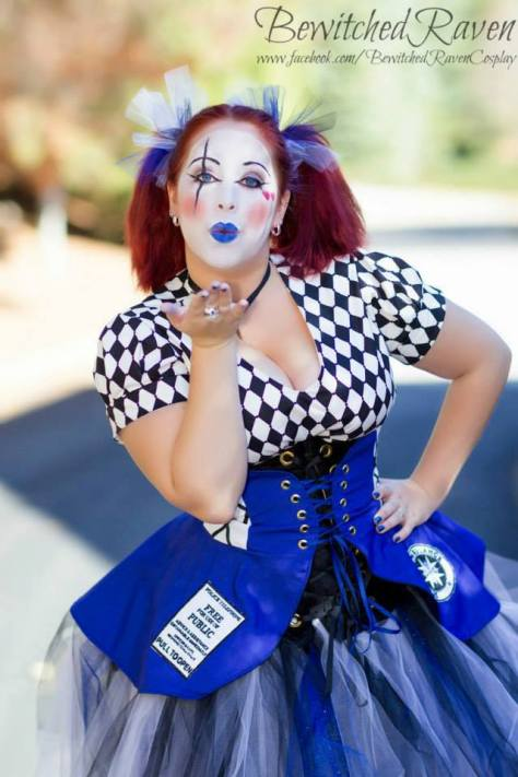 Cosplayer: BewitchedRaven's Cosplay Character: Tardis Outfit: Harlequinn Style Skirt by: Corsair's Boutique
