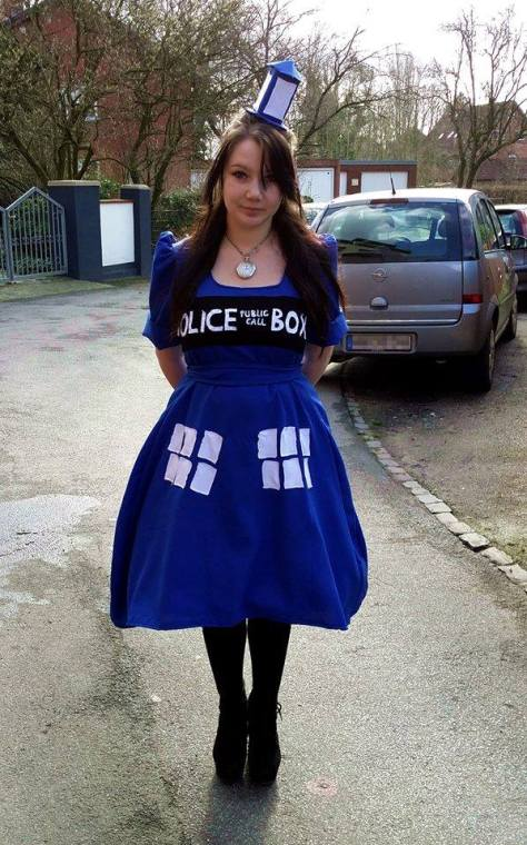 Cosplayer: Debbie Lack Character: The Tardis