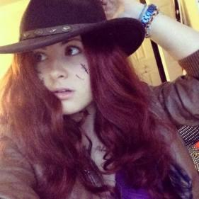 Cosplayer: Amy Pond lookalike, Bella Mc-Caty Cosplay. Character: Amy Pond
