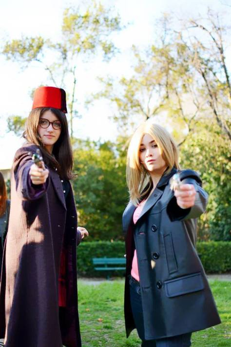 Cosplayers: The Impossible Leaf - Cosplay and Lauréa Giragira Cosplay Characters: Rose Tyler and Clara Oswald  What happens when companions borrow the Doctors clothes...