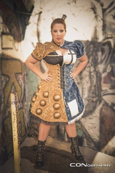 Cosplayer: BewitchedRaven's Cosplay Character: Dalek/Tardis Hybrid Photo: CONography