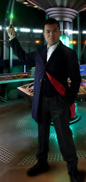 Cosplayer: Lee Shanks - Cosplay & Cie Character: Twelfth Doctor