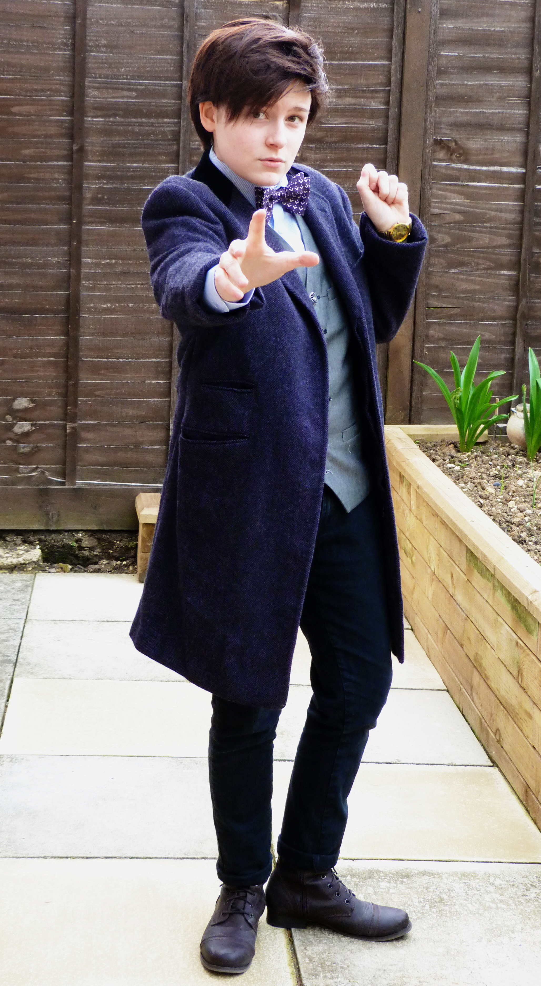 Clever Doctor Who Costume and Cosplay Fun for Halloween ...  Doctor Who Cosplay