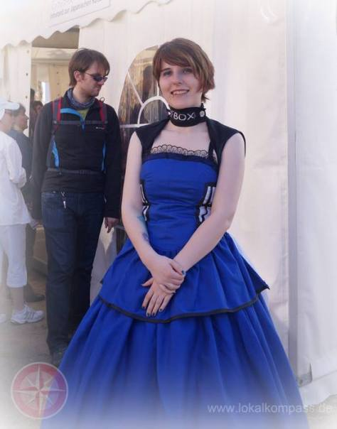 Cosplayer : Dashie Cosplay Character : TARDIS